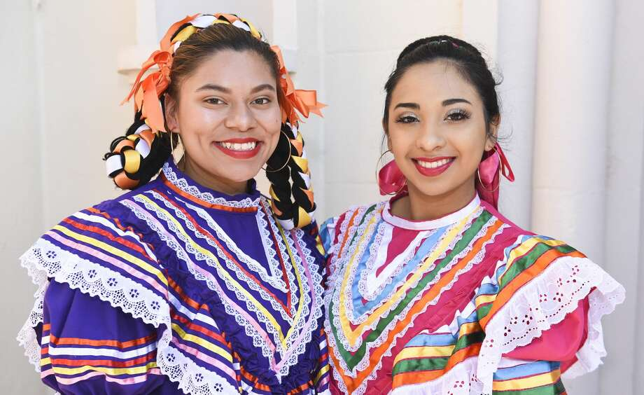Aranza Hernandez and Alexandra Factor at the San Agustin Jamaica outside of San Agustin Cathedral. Photo: Danny Zaragoza