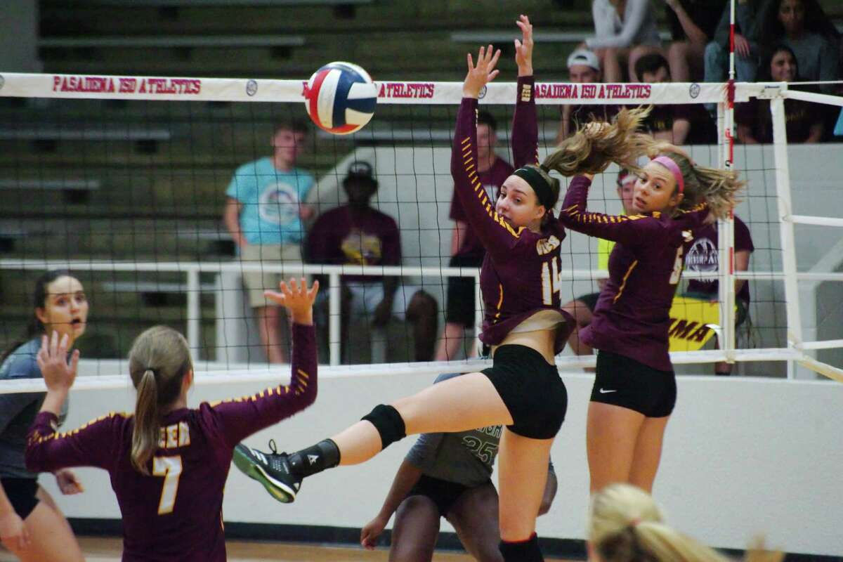 Deer Park's McKenzie Morvant (14) and Deer Park's Courtney Plocheck (6) look back to see the shot by Clear Falls' Brianna Daphnis (25) Tuesday, Nov. 7 at Pasadena ISD Phillips Field House.