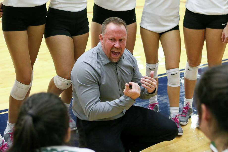 Cornerstone volleyball coach Mike Carter collected his 900th win during his team's victory Tuesday vs Bandera. Carter, who previously coached at Reagan, Holmes and Randolph, is the area's winningest coach. Photo: Marvin Pfeiffer /San Antonio Express-News / Express-News 2017