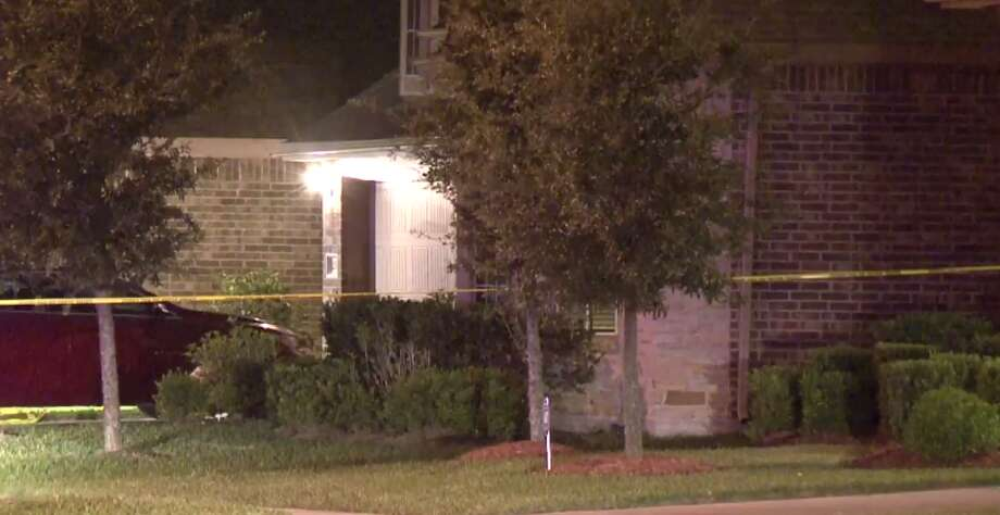 Two people died late Tuesday in an apparent murder suicide in northwest Harris County. (Metro Video) Photo: Metro Video