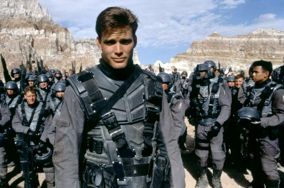 Hilarious, ultra-violent cult classic 'Starship Troopers ...