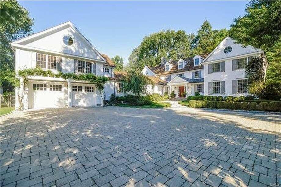 ADDRESS: 40 Peach Hill RoadPRICE: $4,250,000 Photo: Realtor.com