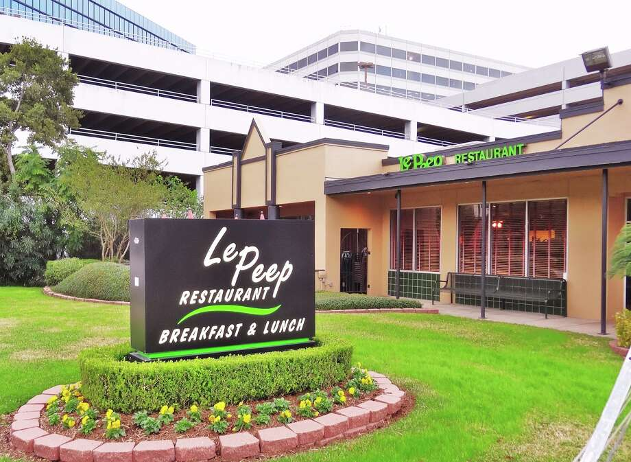 According to a release on Wednesday, the location at 4702 Westheimer will close after 30 years later this month.  Photo: Le Peep