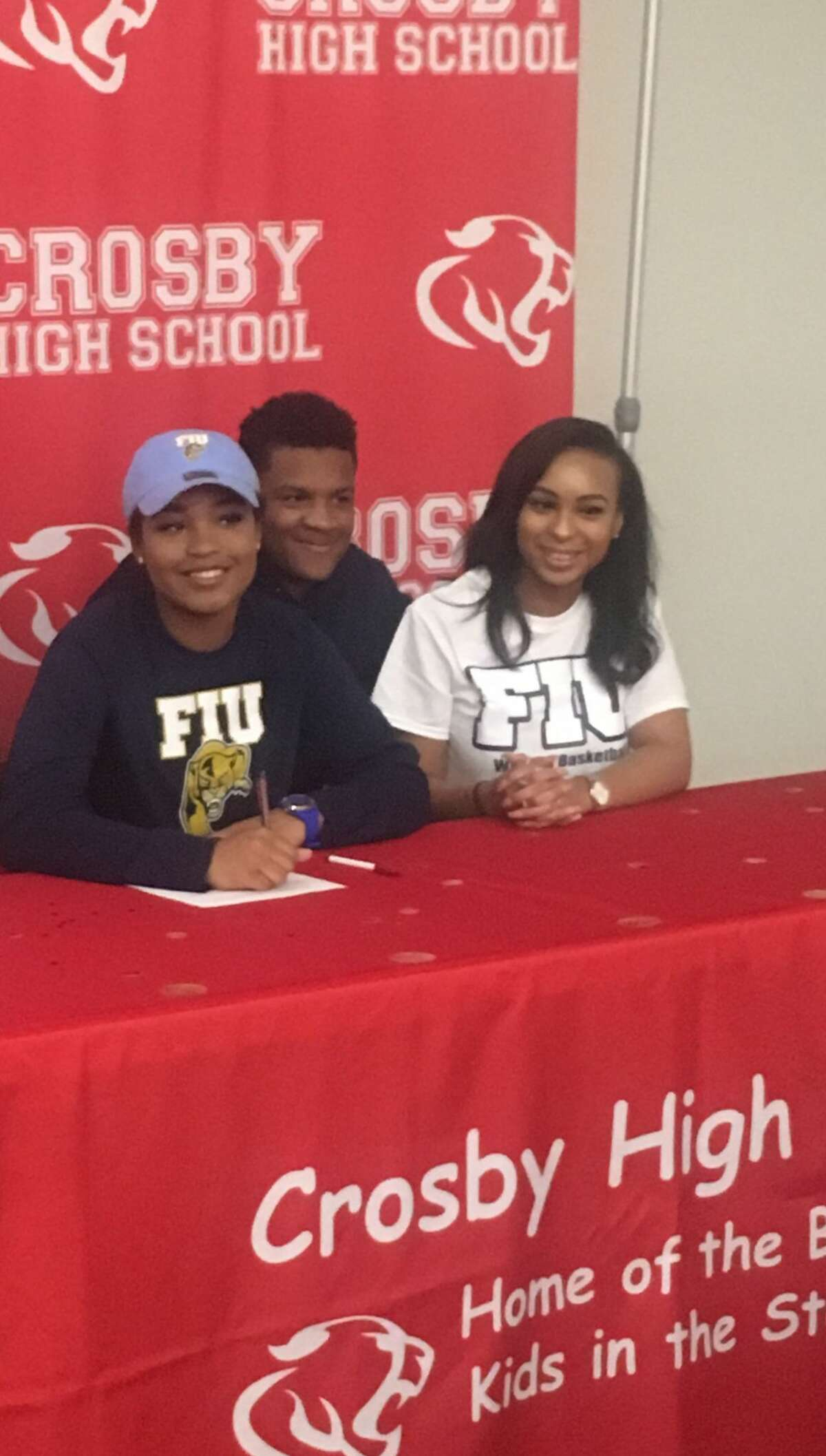 Crosby's Paris Netherly makes her commitment official to play basketball at Florida International University on Nov. 8, 2017.
