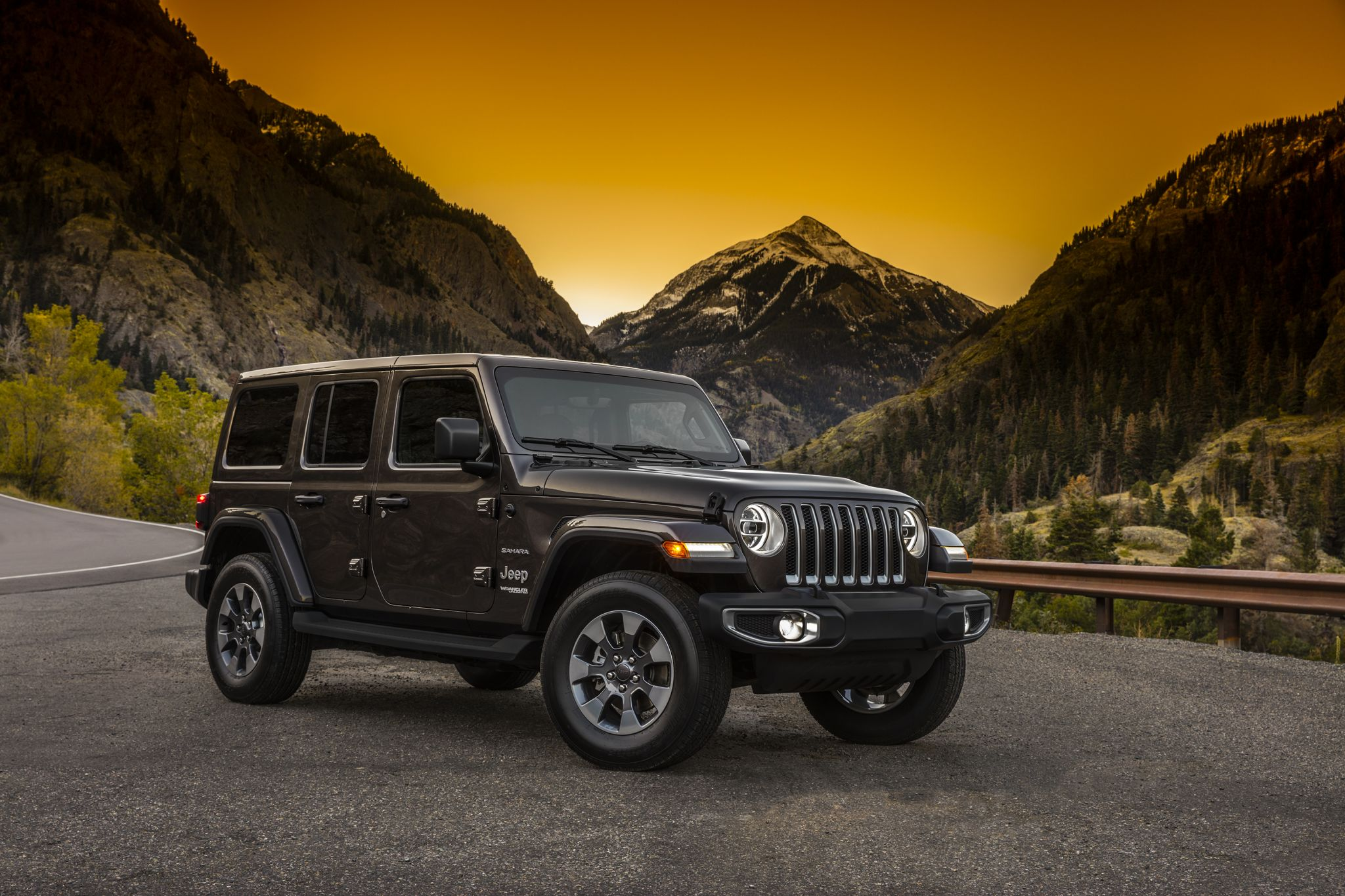 Jeep unveils 2018 Wrangler and its throwback look