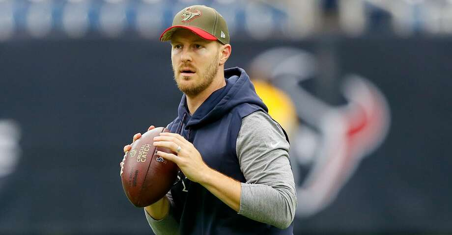 One week after rejoining the Texans, backup quarterback T.J. Yates is getting some of the snaps with the first-team offense. Photo: Bob Levey/Getty Images