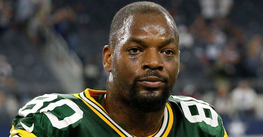 The Packers released Texas A&M and Alief high school product Martellus Bennett with a designation of failure to disclose a medical condition, the team announced Wednesday. Photo: Roger Steinman/Associated Press