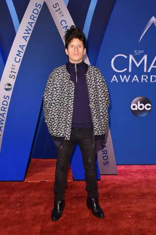 best amp worst dressed at the cmas t