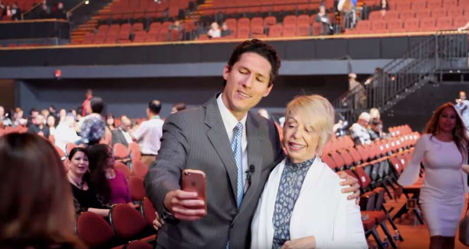 A Joel Osteen lookalike who infiltrated a religious event spoke to Chron.com on Thursday about his spot on impression.See a by the numbers look at Lakewood Church pastor Joel Osteen and his following. Photo: Reggie Henke