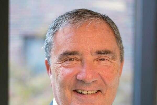 James Van Tiflin