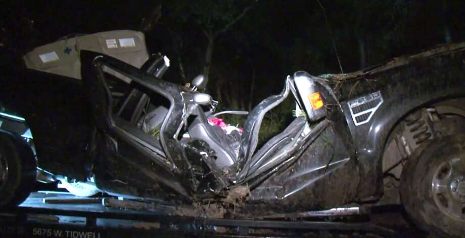 A 21-year-old woman was killed early Thursday in a crash that may have been caused by texting. (Metro Video) Photo: Metro Video