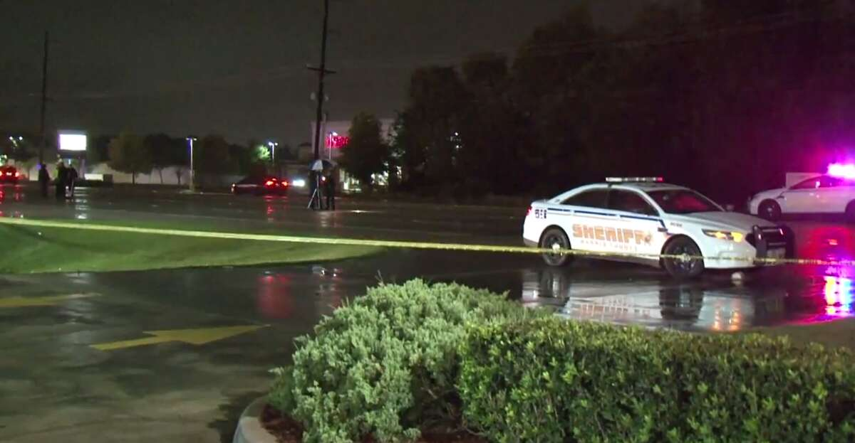 A woman was killed late Wednesday in an auto-pedestrian crash in northwest Harris County. (Metro Video)