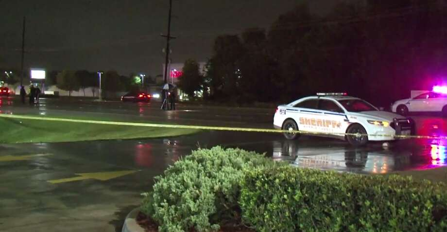 A woman was killed late Wednesday in an auto-pedestrian crash in northwest Harris County. (Metro Video) Photo: Metro Video