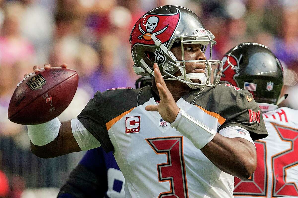 Tampa Bay quarterback Jameis Winston (3) attempts a pass in the first quarter against the Minnesota Vikings at US Bank Stadium in Minneapolis on Sunday, Sept. 24, 2017. The Vikings won, 34-17.