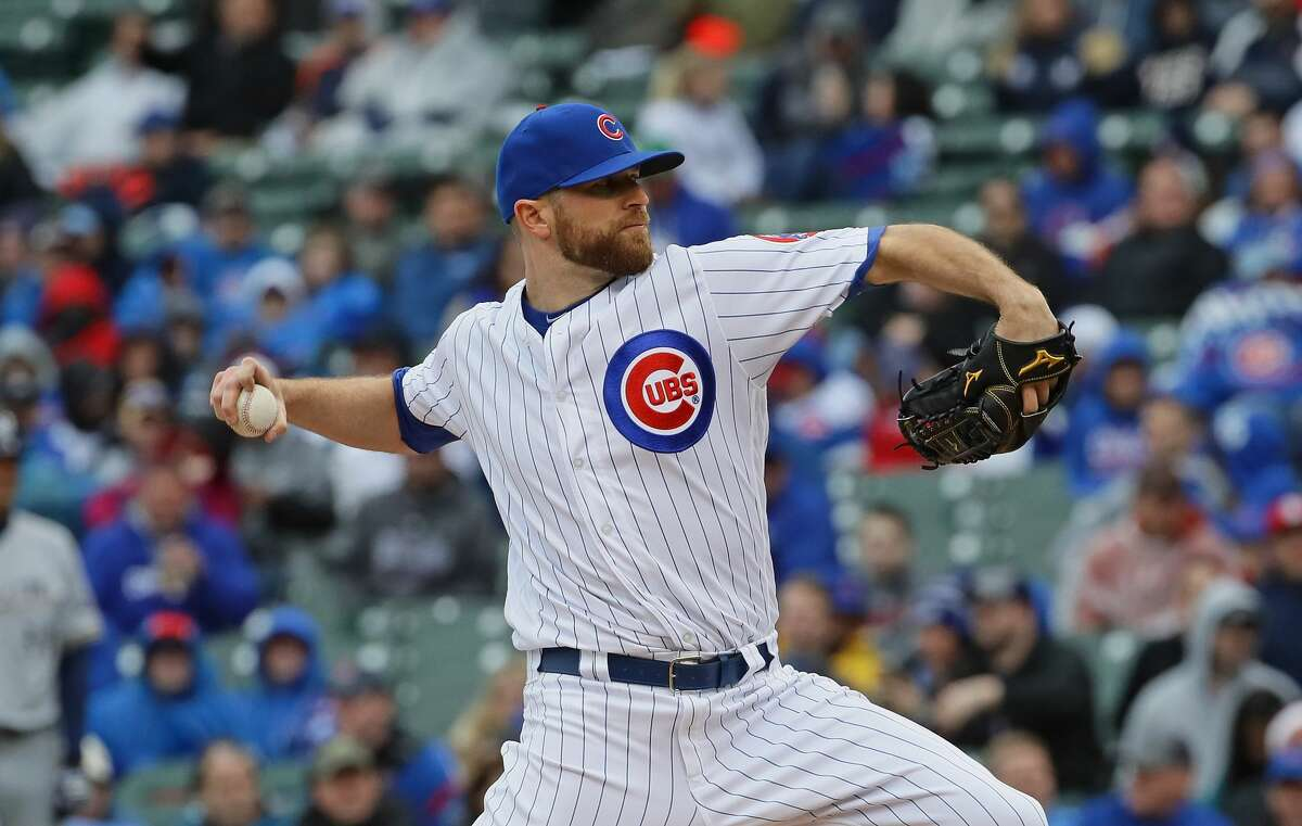 PHOTOS: Who the Astros could look at in free agency, as well as the best free agents available Wade Davis is one of the best closers in baseball, and he's a free agent. It's unclear if the Astros will be willing to pay what he's looking for to strengthen their bullpen. Browse through the photos above for a look at some free agents the Astros could be interested in, as well as the best free agents available.