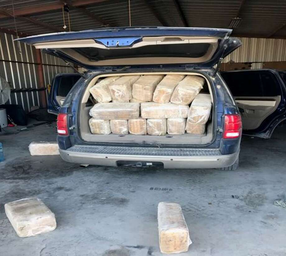 The abandoned vehicle was loaded with a total of 95 bundles of marijuana weighing over 1,100 pounds and worth nearly $900,000. Photo: U.S. Customs And Border Protection