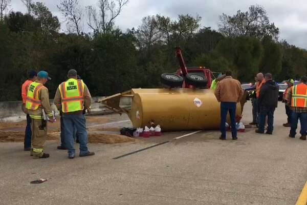 All southbound lanes of U.S. 96 at the the Neches River Bridge in Jasper County are closed due to a one-vehicle crash. Photo provided by TxDOT.