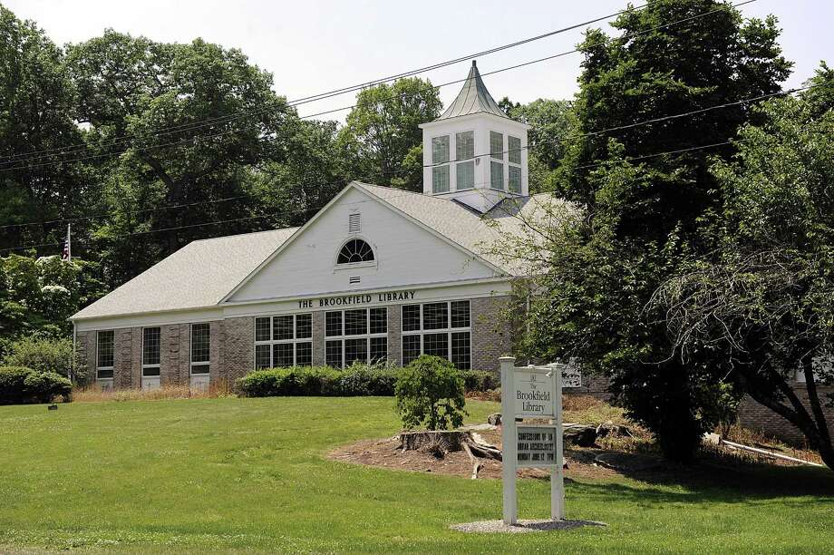 The Brookfield Library, 182 Whisconier Rd, Brookfield, Tuesday, June 13, 2017. Photo: Carol Kaliff / Hearst Connecticut Media / The News-Times