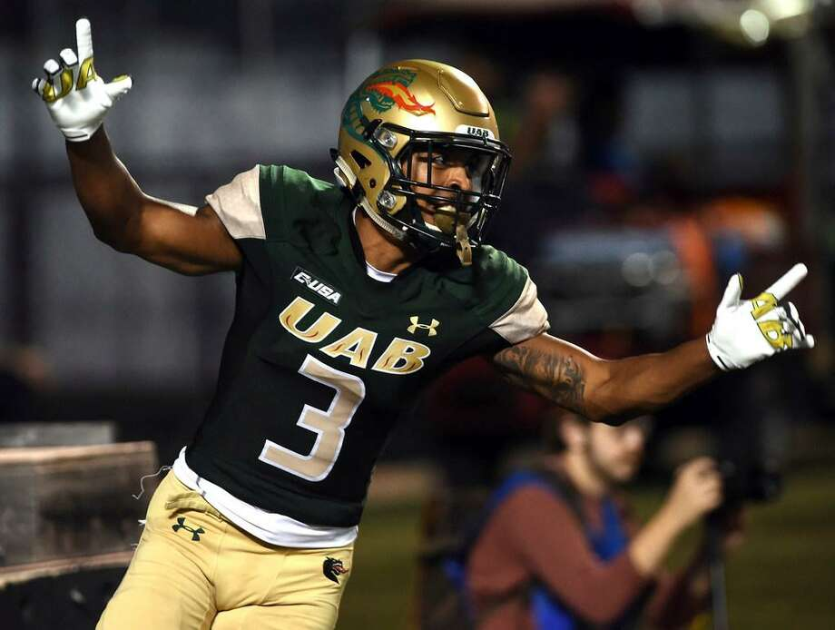 UAB wide receiver Andre Wilson celebrates a second-quarter touchdown against Middle Tennessee during an Oct. 14, 2017 game at Legion Field in Birmingham, Ala. Photo: Mark Almond /AL.com