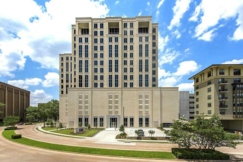 Several firms will move from other Galleria-area buildings to 1885SaintJamesPlace. Photo: Geoffrey Lyon, Owner / President / Copyright 2016 G. LYON PHOTOGRAP