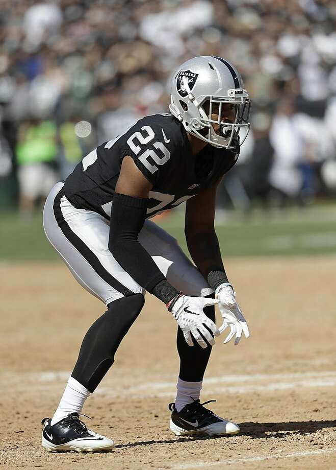 FILE - In this Sept. 17, 2017, file photo, Oakland Raiders cornerback Gareon Conley readies for a play by the New York Jets during the second half of an NFL football game in Oakland, Calif. With top two picks Conley and Obi Melifonwu missing most of their rookie seasons with injuries and a group of defensive tackles taken in recent years failing to bolster a lacking interior pass rush, the Raiders have struggled all season defensively. (AP Photo/Marcio Jose Sanchez, File) Photo: Marcio Jose Sanchez, Associated Press