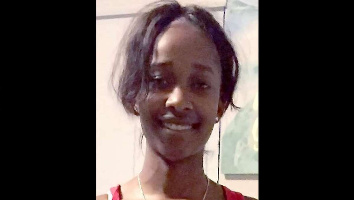 The Harris County Sheriff's Office is searching forBranasha Thomas, a missing 16-year-old believed to be near Bay City, Texas. See Houston-area missing children posters.