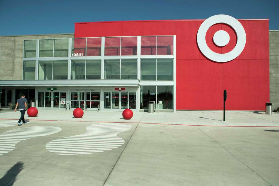In Richmond, The Market Center at Aliana ushered in a next-generation Target.  Photo: Brett Coomer, Staff / © 2017 Houston Chronicle