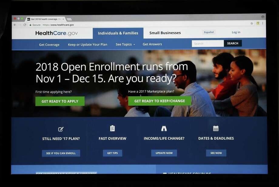 Esta imagen muestra al sitio web HealthCare.gov desde una pantalla de computadora el miércoles 18 de octubre de 2017 en Washington. Photo: Alex Brandon /Associated Press / Copyright 2017 The Associated Press. All rights reserved.