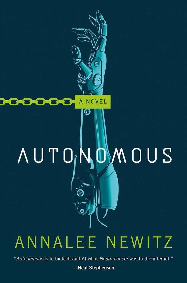 """""""Autonomous"""" Photo: Tor"""