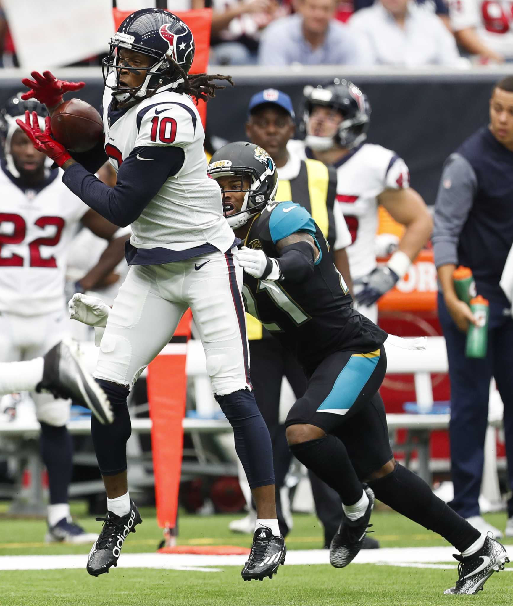 Ex-teammates DeAndre Hopkins and A.J. Bouye thrive in rivalry -  HoustonChronicle.com d0d2689ce