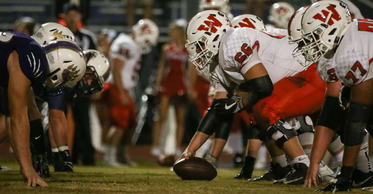 The Woodlands offensive line faces off with Montgomery during the varsity football game on Friday, Nov. 3, 2017, at Bears Stadium in Montgomery. (Michael Minasi / Houston Chronicle)