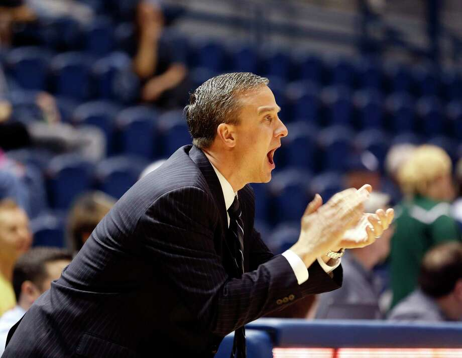 In his first year as Rice's head coach, Scott Pera inherits just one of the top seven scorers and rebounders from last season's 23-12 team that finished fifth in the Conference USA standings. Photo: Craig Hartley, Freelance / Stratford Booster Club
