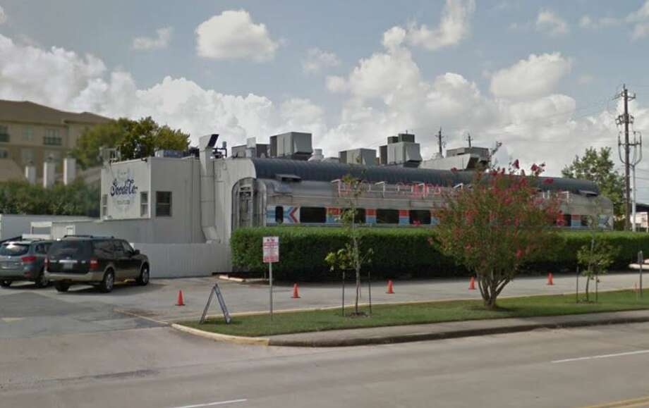 Goode Seafood Company2621 Westpark Houston, TX 77098 Inspection Date: 9-11-2017 Photo: Google Maps