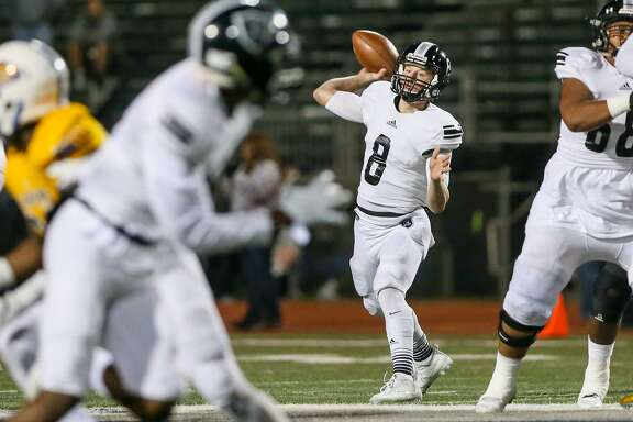 Steele'sWyatt Begeal (8) looks to throw during the first half of their District 27-6A high school football game with Clemens at Lehnhoff Stadium on Thursday, Nov. 9, 2017.  MARVIN PFEIFFER/mpfeiffer@express-news.net