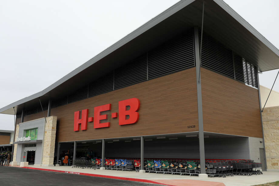 H-E-B opened a new store in San Antonio at Alamo Ranch on Friday, Nov. 10, 2017. Photo: Courtesy H-E-B
