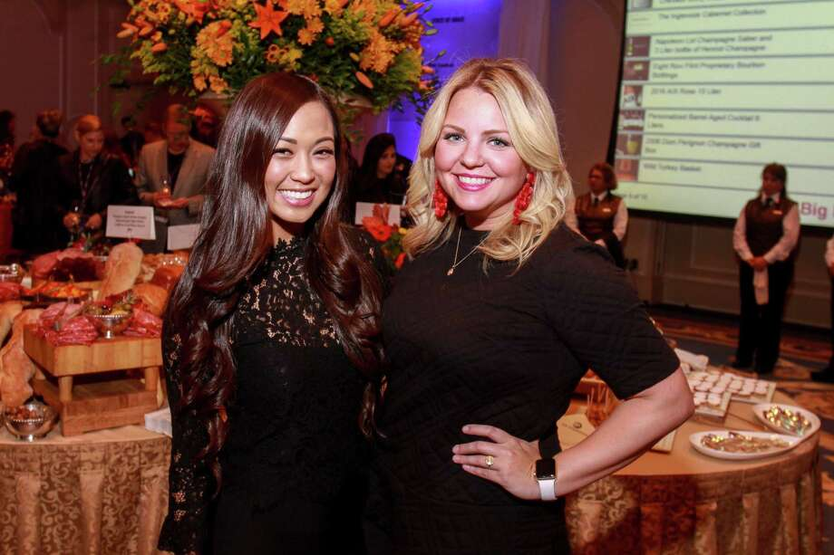 Jeannie Dao, left, and Sarah Balcerowicz at the Iron Sommelier event at the Houstonian. Photo: Gary Fountain, For The Chronicle/Gary Fountain / Copyright 2017 Gary Fountain