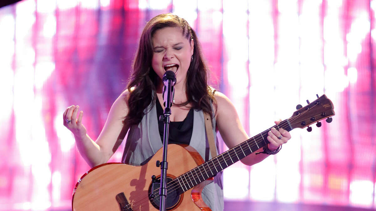 """Moriah Formica performing """"Crazy on You"""" for her blind audition on """"The Voice"""" (image from nbc.com)"""