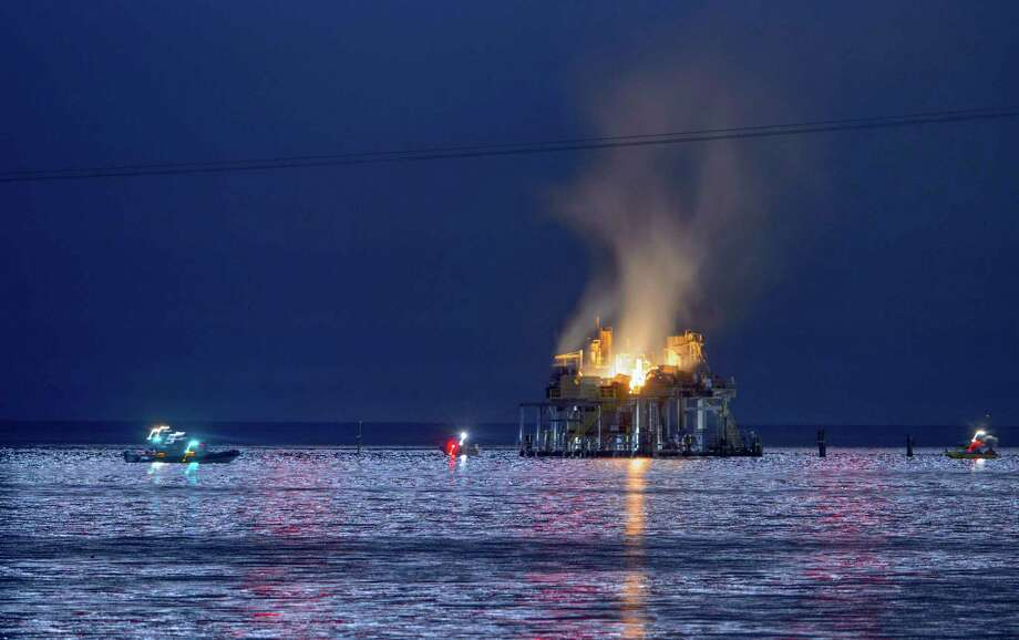 An oil rig explosion happened on Oct. 15 in Lake Pontchartrain, off Kenner, La. A Katy man was killed. Photo: Matthew Hinton, MBO / © 2017 MATTHEW HINTON