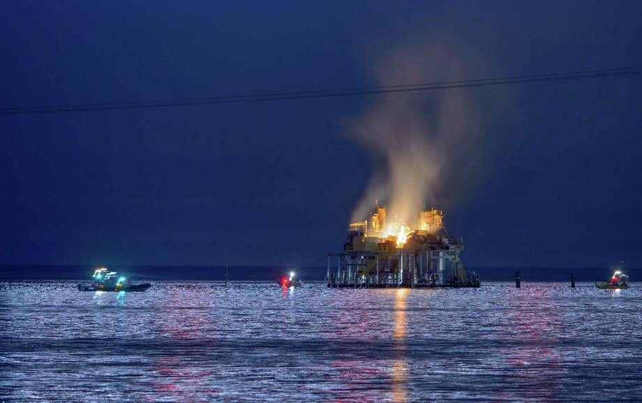 An oil rig explosion happened on Oct. 15 in Lake Pontchartrain, off Kenner, La. A Katy man was killed. Photo: Matthew Hinton, MBO / © 2017 MATTHEW HINTON
