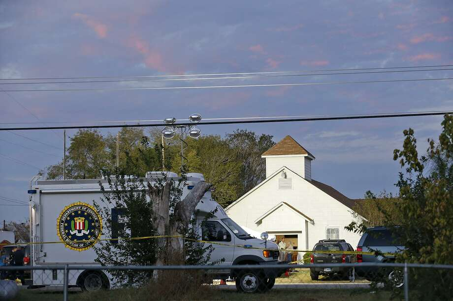 First responders work the scene of a shooting at the First Baptist Church of Sutherland Springs Sunday Nov 5, 2017. Photo: Edward A. Ornelas / © 2017 San Antonio Express-News