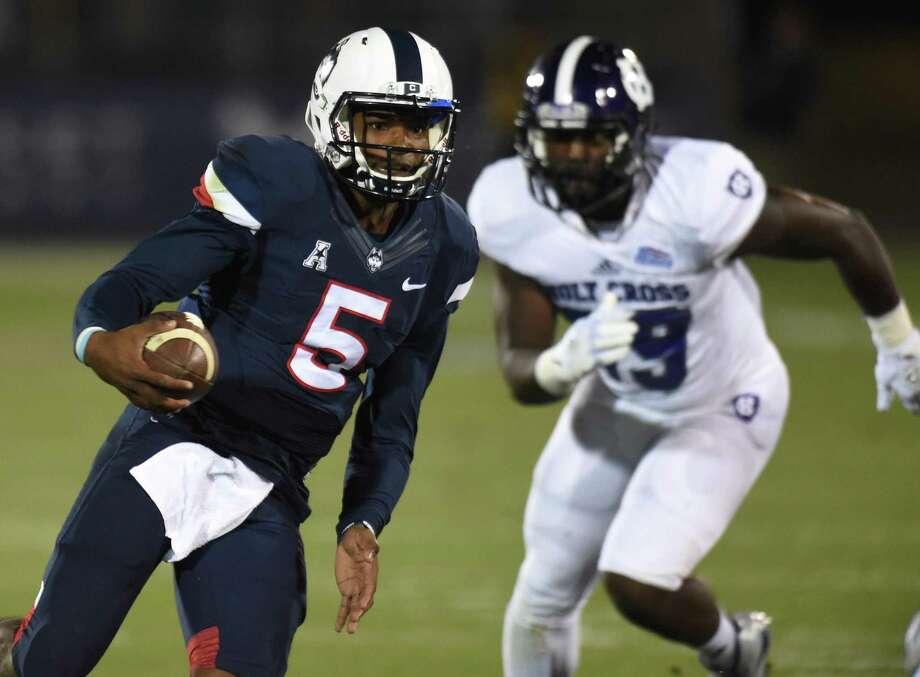 Quarterback David Pindell will get the start for UConn against No. 14 UCF. Photo: Brad Horrigan / Hartford Courant / Hartford Courant