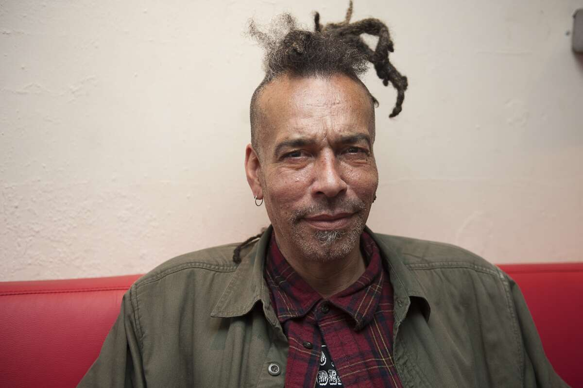 LONDON, ENGLAND - OCTOBER 10: Chuck Mosley poses for portrait backstage at Boston Music Room on October 10, 2016 in London, England. (Photo by Imelda Michalczyk/Redferns)