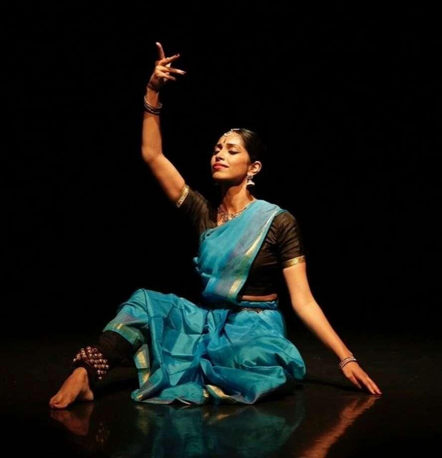 Nava Dance Theater's Nadhi Thekkek. Photo: Eli Jacobs-Fantauzzi