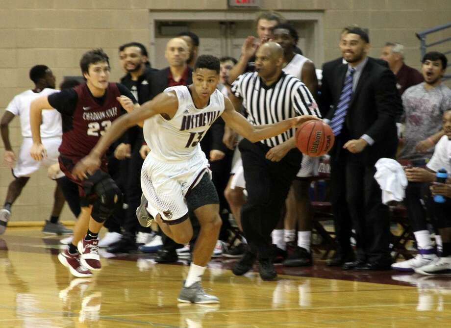 Sophomore Xabier Gomez had 11 points in his first game with TAMIU in a 72-64 victory over Chadron State on Friday. Photo: Courtesy Of TAMIU Athletics