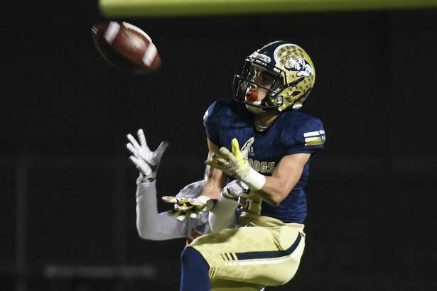 Albert Laurel Jr. had eight catches for 171 yards and four touchdowns Thursday leading Alexander to a 42-17 win over McAllen Rowe in the opening round of the playoffs.