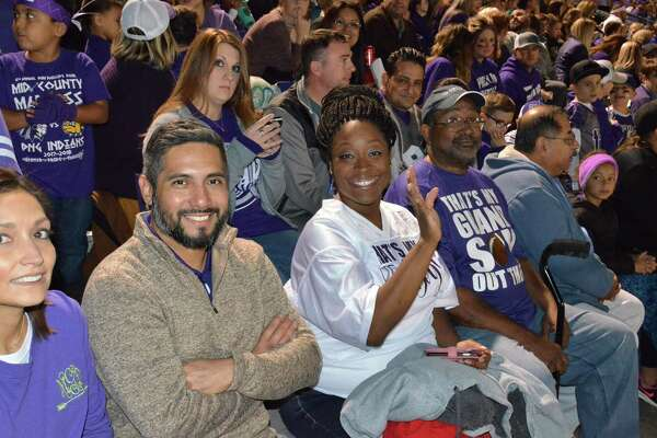 Seen at the 2017 Mid-County Madness football game at the Bulldog's stadium on Friday night. Photos provided by Marilyn Tennissen