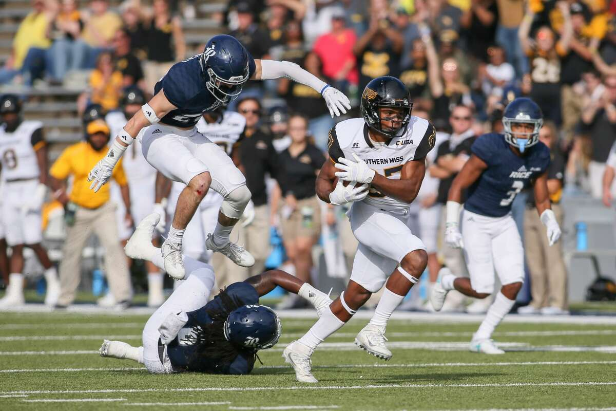 November 11, 2017: Southern Miss Golden Eagles wide receiver Tim Jones breaks away toward the end zone during the college football game between the Southern Miss Golden Eagles and Rice Owls at Rice Stadium in Houston, Texas. (Leslie Plaza Johnson/Freelance