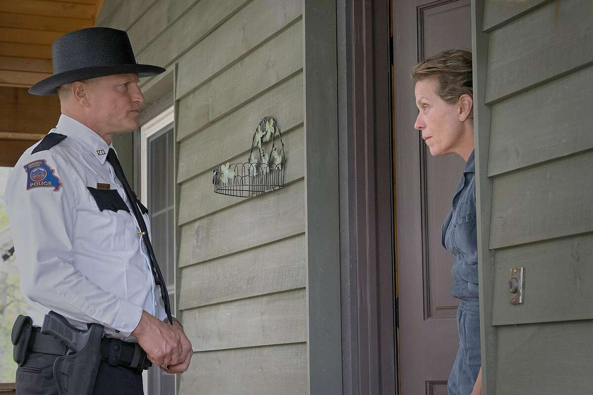 """Woody Harrelson and Frances McDormand in """"Three Billboards Outside Ebbing, Missouri."""" MUST CREDIT: Merrick Morton, Fox Searchlight Pictures"""