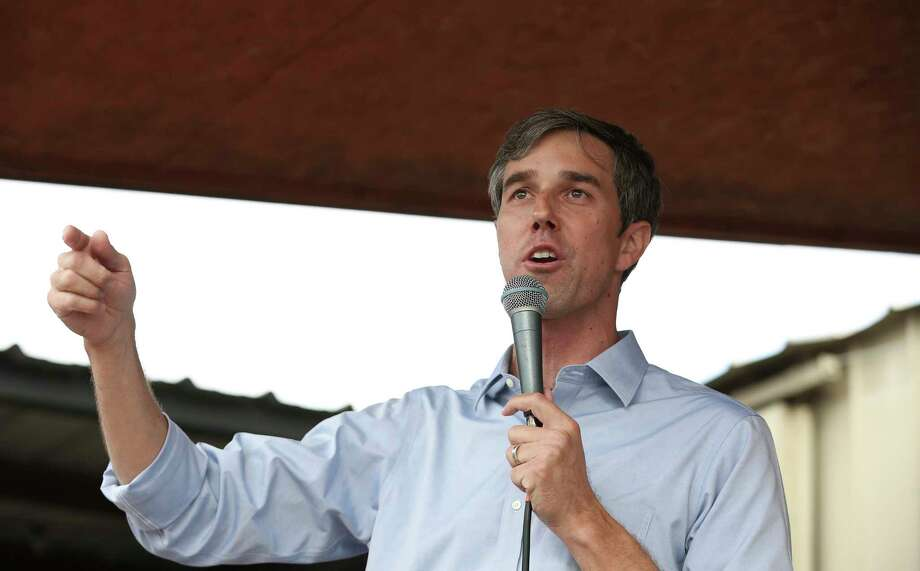 U.S. Congressman Beto O'Rourke, who is challenging U.S. Sen. Ted Cruz's seat in the next election, talks to the public during a rally at No Label Brewery Saturday, Nov. 11, 2017, in Katy. ( Yi-Chin Lee / Houston Chronicle ) Photo: Yi-Chin Lee, Staff / © 2017 Houston Chronicle