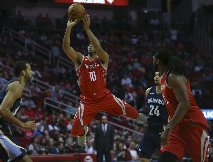 Houston Rockets guard Eric Gordon (10) takes a shot at the basket while he is out-of-balance during the second quarter of an NBA game at Toyota Center on Saturday, Nov. 11, 2017, in Houston. ( Yi-Chin Lee / Houston Chronicle )